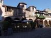 Hinterhof mit zwei Gaststätten