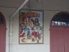 die lokale Weincooperative ist mit vielen solchen lustigen Bildern geschmückt