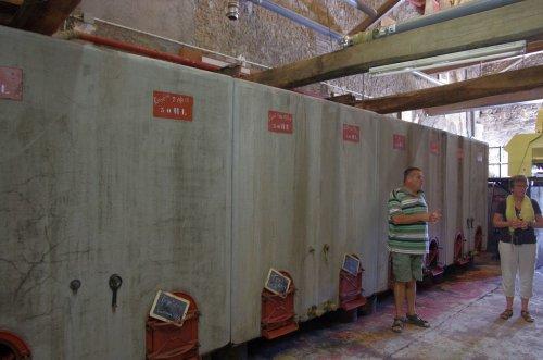 die Gährbehälter aus Beton