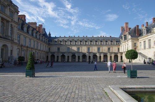 Fontainebleau: Innenhof