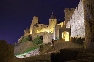 At night at the castle