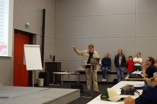 Martti, OH2BH, einer der bekanntesten DXer überhaupt, allein dieser Vortrag hat den Weg gelohnt